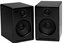 Connectiing two speakers